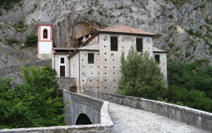 Chiesa di S. Maria di Costantinopoli a Papasidero